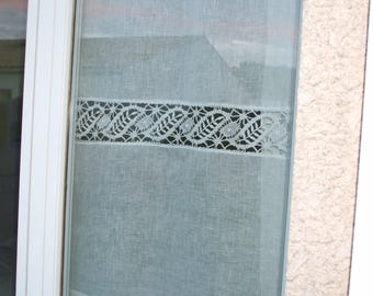 Curtain transparent linen, 60 x 90 cm and old bobbin lace made by hand