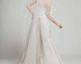 Alicia-Satin Edged Long Bridal Veil