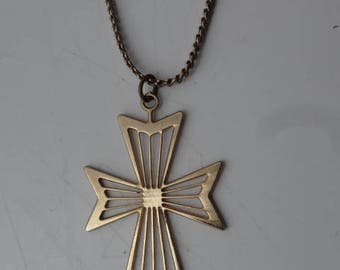 Gold Cross Stylised Pendant Necklace with Gold Chain Vintage