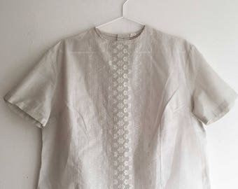 Vintage blouse with lace flowers size L