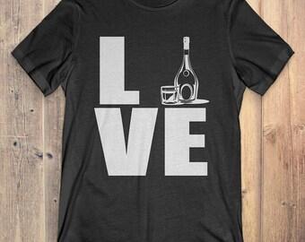 Whiskey T-Shirt Gift: Love Whiskey