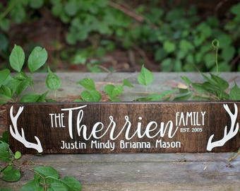 Wood Family Sign, Rustic Family Name Sign, Home Decor, Rustic Home Decoration, Deer Antler Decoration, Family Name Wooden Sign, Wood Signs