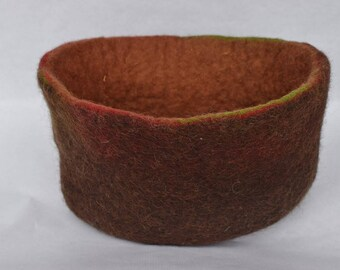 Basket red earth