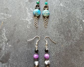 Genuine stone bead dangle earrings with twisty wire for extra unique personality! Greenish blue/ black/ white/ purple