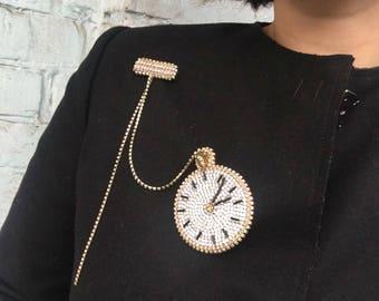 Clock bead jewelry, crystal glass brooch, gold rhinestone chain, round, alice in wonderland jewelry, coat jewelry accessories, watch brooch
