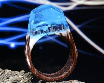 Wood resin ring Wood ring women Wooden ring Summer rings Fantasy ring Nature inspired ring Wood and resin Epoxy resin ring Resin jewelry