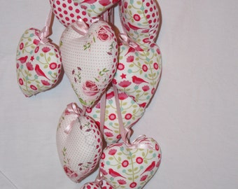 Strand of 10 hearts to hang