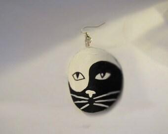 Handmade Yin Yang Cat Painted Earrings Animal Series Collectible