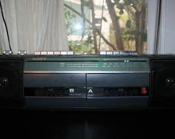 Vintage Sony Boombox Soundrider CFS-W301 Double Cassette Recorder Player AMFM Radio 1980s