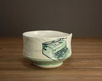 Imagine Bowl| Vintage Typewriter| Gift for a Graduate| English Major| Creative Writer Bowl| Inspirational Pottery