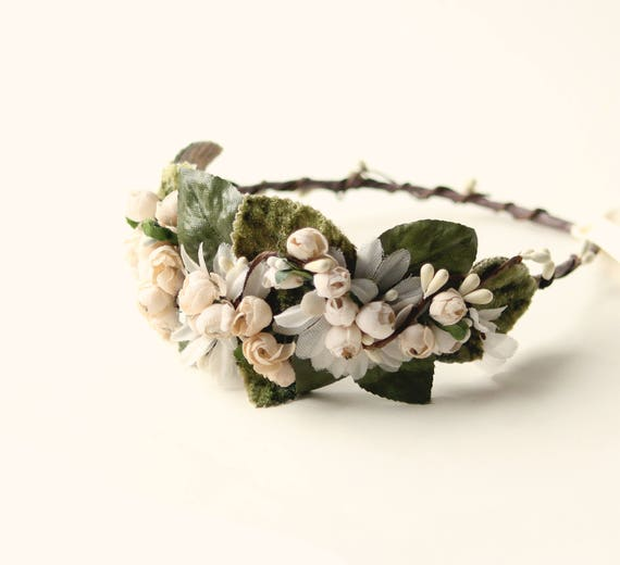 Ivory floral headpiece, Bridal hair crown, Off white floral, Headband style fascinator, Vintage millinery flowers, Green leaves headpiece