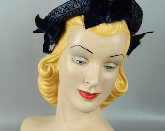 Vintage 1940s Hat Navy Blue Straw with Velvet Ribbon Custom