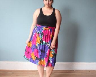 plus size vintage skirt | vibrant floral plus size skirt | 1990s XL