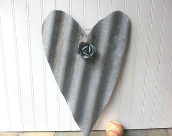Large corrugated tin heart galvanized with removable magnet tin rose wall hanging Farmhouse decor Salvaged metal 10th anniversary