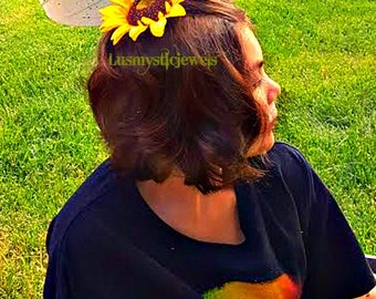 Summer Outdoors,Sunflower Hair Clip,Sunflower,Hair Jewelry Fashion,Music Festivals,Country Music,Renaissance Faire,Pool Party,Summer Party,
