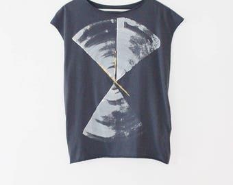 Handmade t shirt, Blue shirt, hand printed shirt, Greyish blue top with abstract print