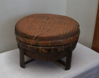 Vintage Asian Sewing Basket with Legs