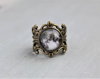 Full Moon Filigree Ring. Space Jewelry