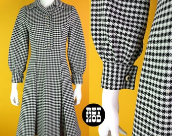 Fabulous Vintage 60s 70s Black & White Houndstooth Plaid Fit and Flare Polyester Dress