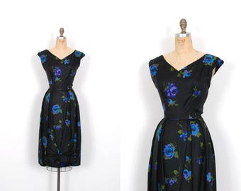 Vintage 1950s Dress / 50s Black Floral Silk Cocktail Dress / Ole Borden ( medium M )
