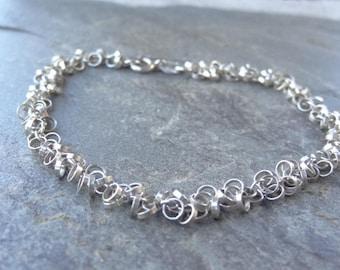Vintage Italian Sterling Silver Link Bracelet. Rings of Rings Small Sterling Bracelet - 925 - Italy - Circle Charms - Link Bracelet