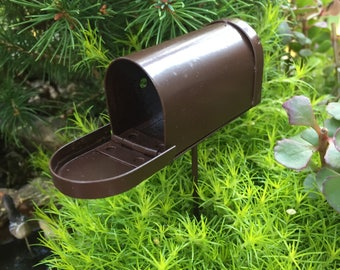 Mini Mailbox, Rustic Mailbox Pick, Miniature Garden Accessory, Decor, Tin Metal Mini Mailbox, Crafting, Topper