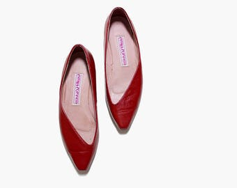 Vintage Leather Skimmers 7.5 / Red Leather Flats / Pointed Toe Flats / Minimal Flats