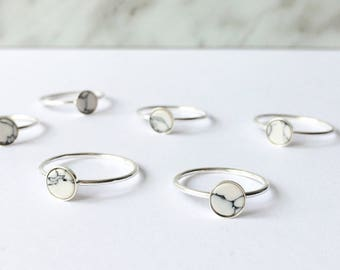 White marble ring - 6mm white and grey glass silver ring - trendy ring - white marble - silver 925 - skinny silver ring - minimalist - edgy