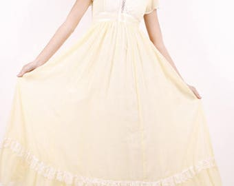 Vintage 70s Gunne Sax Yellow Lemon Lace Up Corset Maxi Dress.Size.11.Bust 36.Waist 27.