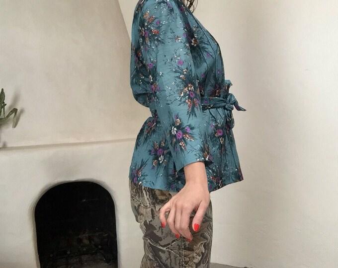 Waist Tie Blouse | L/XL floral print 70s vintage boho kitsch cottage chic v neck collar 3/4 sleeve womens shirt