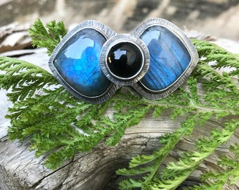 Labradorite, Onyx and Sterling Ring - Size 7