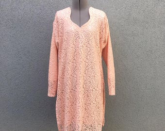 Vintage 60s Pink Lace Floral Long Sleeve Dress, Midi Dress, Collar Dress, Knit Dress, Crocheted Dress, Pastel Dress
