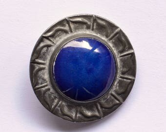 Blue Ruskin style pewter ceramic brooch | Arts & Crafts 1970s revival | lapis lazuli pottery cabochon vintage pin