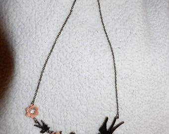 Vintage art deco style bird & flower necklace - gv22