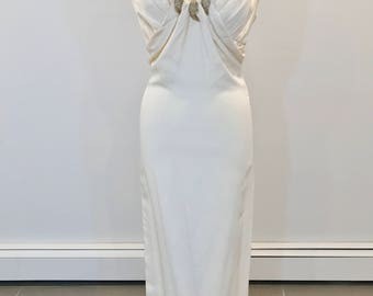 Stunning Sheath Styled wedding dress by Carmela Sutera  size 2