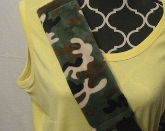 Car or Baby Car Seat Belt Cover made with Camouflage Minki