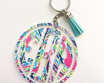 Circle Monogram Keychain / Acrylic Keychain / Lilly Pulitzer Inspired / Preppy Keychain / Bridal Party Gift