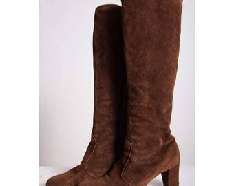 Vintage suede knee high boots / 1960s 1970s chocolate brown go go boots / size 6