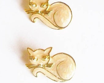 2 Scatter Pins Cats Beige Goldtone Lapel Gift for Her Cat Lover Birthday Christmas Figural Brooch Retro Vintage