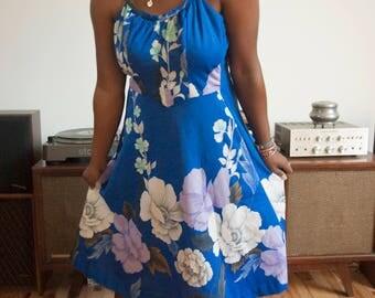 Vintage Clothing 1970s Women's Blue Floral Malihini Hawaii Designer's Collection Sundress size medium/large adjustable straps