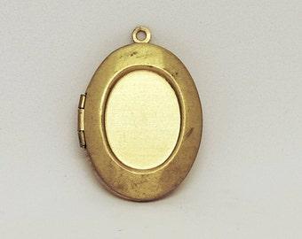 5 pcs Oval Bezel Photo Lockets, Raw Brass, Blank, Engraving Lockets, Antique Lockets