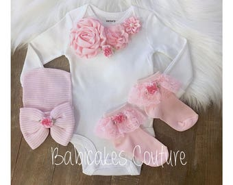 Newborn Girl Take Home Outfit, Bodysuit, Hospital Hat & Socks Set, Hospital Take Home, Coming Home Outfit, Baby Girl Outfit New Baby Layette