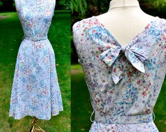 1940s Mode O Day Floral Cotton Dress / Light Blue Floral Vintage Day Dress / Size 8