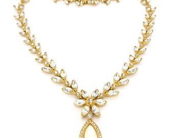 Vintage Gold Tone Rhinestone Pearl Drop Necklace