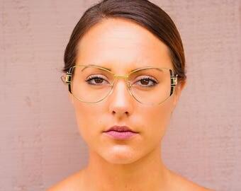 Vintage Eyeglass 1970's Eyeglass Nice Temples Oversize By Windsor Optical made In Japan new Old Stock frames Gold Toned Glasses