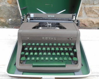 Royal Quiet Deluxe Typewriter with Green Keys Working Condition with Carrying Case Portable Manual Gift for Writer Industrial Decor Wedding
