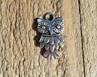 Antique Silver Owl 19mm Set of 8