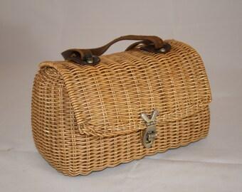 Vintage 1960s Fish Creel Style Handbag