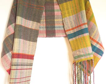Hand woven 100% lambswool scarf