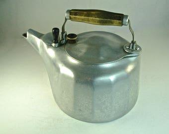 GRISWOLD CAST ALUMINUM Tea Kettle Pot, 4 Qt., Safety Fill, Colonial Design A544A, 1913, Erie, Pa.